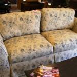 Broyhill cottage sofa 150x150 ReStore